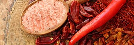 Il consiglio del giorno di Tiziana. Forme di benessere attraverso il cibo:aceto, peperoncino, sale Himalaya. Alcune ricette per aiutarci a vivere in salute.
